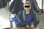 Zahalenou pašeračku Terezu (21) předvedli k soudu: Smích ji přešel!