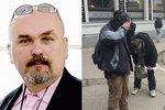 """Novinář na sjezdu ČSSD nastříkal """"pepřák"""" do očí bezdomovcům. Vyvedli ho"""