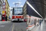 """Víkendový zmatek v pražské MHD: Žádné Muzeum na """"áčku"""", přes Václavák nepojedou tramvaje"""