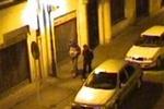 Fanoušci Sparty shodili muže z 10 metrů, bojuje o život!