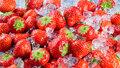 4 skvělé způsoby, jak zamrazit jahody. V zimě vám přijdou k chuti!