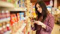 Většina lidí vůbec neumí nakupovat, proto tloustnou