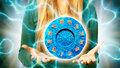 Velký horoskop na červenec: Kozorohy čeká lepší kariéra, Ryby bezstarostné léto