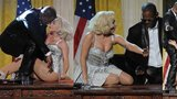 Slavíku, uč se: Sex na stole v Oválné pracovně s Obamou šokoval Ameriku