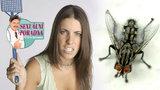 Sexuální poradna: Moucha mi vlétla do vaginy, teď tam bzučí!