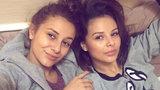 Sexy zpěvačka Bagárová ukázala sestru: Jsou k nerozeznání!