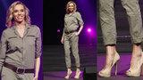 Těhotná Mašlíková: Šla přehlídku na jehlách a konečně vystrčila bříško!