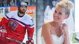 Velká hokejová svatba: Nevěsta Hana Věrná prozradila detaily. Šaty na poslední chvíli a třídenní mejdan