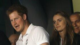 Královská rodina už vyjednává podmínky svatby! Princ Harry požádá o ruku krásnou Cressidu!