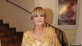 Konec Chantal Poullain (60) v divadle: Jako nůž do zad, tvrdí herečka