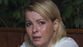 Pomoc! Týrá mě! Proč ženy jako Iveta Bartošová tajně trpí!