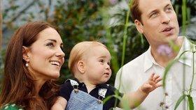 Narozeninové fotky George exkluzivně! Jaké dostane dárky od královny a rodičů?