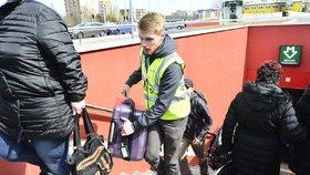Metro na Veleslavíně bude mít konečně eskalátory. Jezdit mají za rok