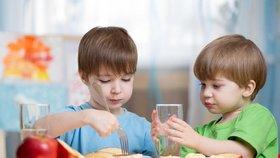 Nezaděláváte dětem na zdravotní potíže? Čtěte desatero správného stravování