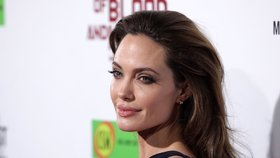 Angelina Jolie: Poprvé od rozchodu s Bradem Pittem dala o sobě vědět