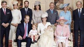 Fotograf princezny Diany pořídil první snímek celé královské rodiny po křtinách Charlotte