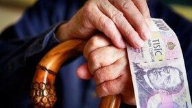 Na důchod si mají spořit už i děti. Peníze si budou moci vybrat na platbu studia