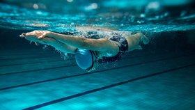 Vyplavte si pohár: O víkendu proběhnou závody v bazénu Tyršova domu
