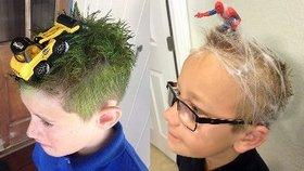Nejšílenější účesy: Neuvěříte, co rodiče dětem vytvořili na hlavě