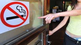 """Špatné počasí straší kvůli zákazu kouření hospody: """"Vyžene nám kuřáky"""""""