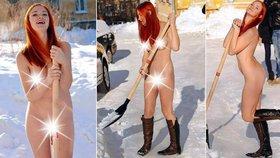 Silničáři by se měli inspirovat! V Rusku mají tuhle sexy a nahou odklízečku sněhu