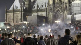 Němci bilancují silvestrovské sexútoky: Dotírali hlavně uprchlíci, říká žalobce