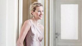 Zuzana Vinzens: Dámu v krátkých šatech pošleme domů, říká šéfka Plesu v Opeře