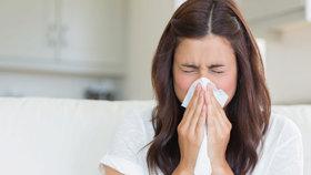 5 alergenů, které nás trápí i v zimě! Zameťte si před svým prahem!