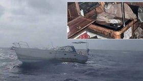Děsivé záběry z lodi hrůzy: Takto našli mumii námořníka na opuštěné lodi!