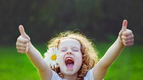 Co má dítě umět ve třech a co v pěti letech?