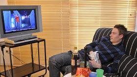 Češi musí měnit televize kvůli mobilům. Těm už nestačí místo na síti