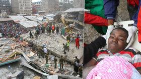 Dav tleskal, když ze sutin vytáhli dítě. Zřícení budovy v Nairobi ale nepřežilo 12 lidí