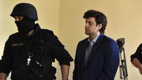 ONLINE: Dahlgren se cítí jako Alexandr Veliký, za vraždy prý mohou filmaři porna