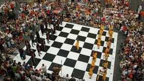 Už jste viděli živé šachy? Na festivalu ČEZ CHESS TROPHY 2016 na Kampě máte možnost