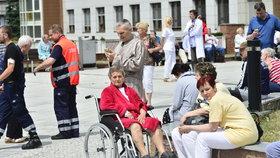 V IKEMu a na hlavním nádraží byla nahlášena bomba: Policisté nic nenašli a pátrají po pachateli