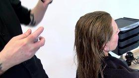 Vlasy od A do Z: Jak si správně nanést tužidlo, aby se dostalo všude?