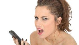 10 opravdu divných věcí, které dělají muži na on-line seznamkách