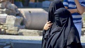 Maroko zakázalo z bezpečnostních důvodů muslimské burky