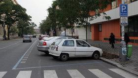 Parkování v Praze 5, 6 a 8 o Velikonocích zadarmo. Modré zóny zůstanou místním