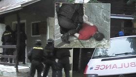 Vařili pervitin a převáželi ho ve falešné sanitce: Jeden hrál doktora, druhý pacienta