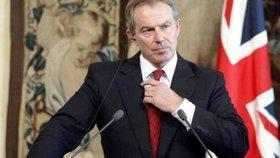 Tony Blair: Stačí omezit migraci a brexit není potřeba. Lidem by to stačilo