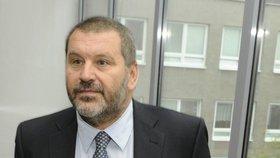 Exsenátor Novák zůstává v Německu. Soud mu znovu prodloužil vazbu