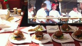Muž z Ostravy snědl 10 burgerů za 7 minut. Stal se hvězdou Burgerfestu v Praze