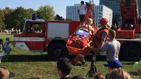Hasiči, zdravotníci a policisté v akci! Svou práci dnes představí v parku na Pankráci