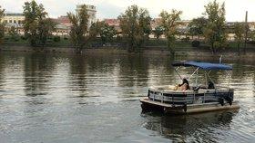 Přívoz z Holešovic do Karlína zahájí sezonu: Čeká vás mimořádná projížďka