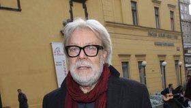 Hvězda Ordinace Jan Kanyza: Elegán se šedivými vlasy zraje jako víno