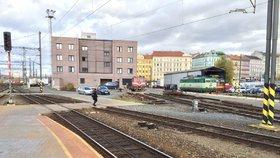 Mladou ženu (†25) našli mrtvou v kolejišti na Trutnovsku: Jak zemřela?