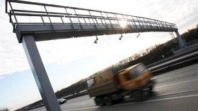 »Nechceme mýtné, zahustí se provoz a silnice to nevydrží!« Protestují obce na Domažlicku