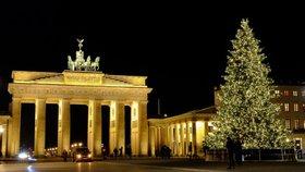 Nejkrásnější vánoční stromečky z celého světa: Nalaďte se na sváteční atmosféru!