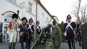 U Slavkova »bojoval« i reportér Blesku! Obsluhoval Napoleonův kanon
